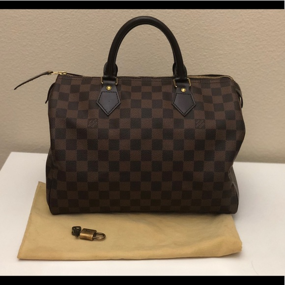 97f7de4df1b5 Louis Vuitton Handbags - Authentic Louis Vuitton Damier Ebene Speedy 30